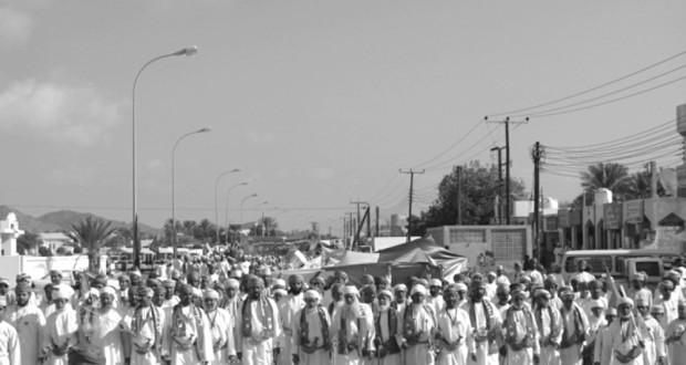 تواصل المسيرات والاحتفالات بالعيد الوطني الثالث والأربعين المجيد