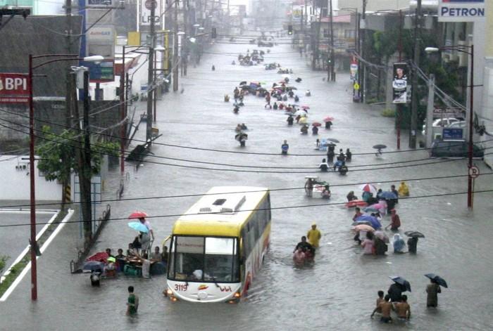 10 آلاف قتيل حصيلة إعصار الفلبين الأخير