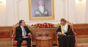 فهد بن محمود يستقبل وزير خارجية نيوزيلندا