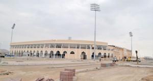 وزارة الشؤون الرياضية تتابع سير العمل بمجمع البريمي الرياضي