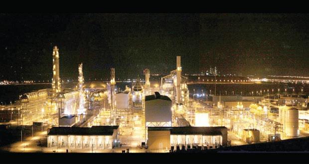 صلالة للميثانول تنتج 4 ملايين طن متري من سائل الميثانول
