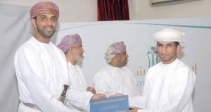 نادي المضيبي يكرم الفائزين في مسابقته الإبداعية الشبابية