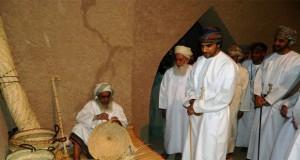 """افتتاح معرض """"مقتطفات عمانية"""" الضوئي والقرية التراثية بقرية السفالة بوادي المعاول"""