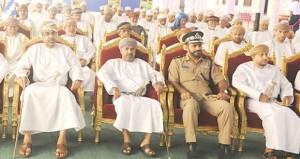 تدشين حملة شركة تنمية نفط عمان لتوعية الصيادين في مطرح