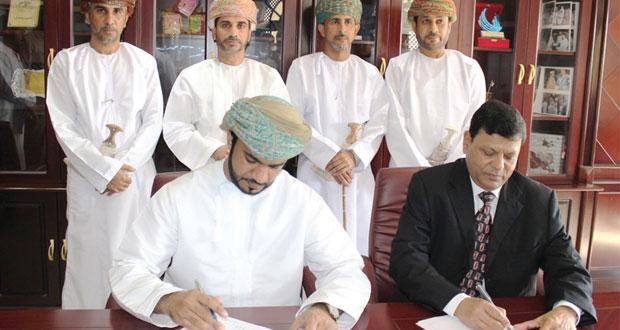 جيندال شديد للحديد والصلب توقع عقودا بأكثر من 4 ملايين ريال عماني مع شركات محلية صغيرة ومتوسطة بمحافظة شمال الباطنة