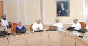 وزير الصحة يترأس اجتماع أمناء المجلس العماني للاختصاصات الطبية