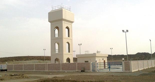 الانتهاء من اعمال انشاء خزان المياة لقرية هيال بوادي بني خالد