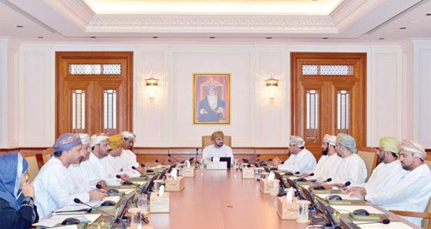 """""""الشورى"""" يطالب بلدية مسقط باتخاذ الإجراءات المناسبة تجاه أي جهة تسيء إلى عادات وقيم المجتمع العماني"""