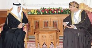 السيد فهد يستقبل رئيس الاتحاد الآسيوي لكرة القدم