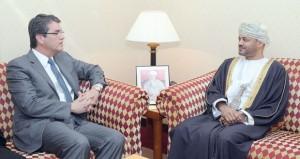 بدر بن حمد وعلى بن مسعود السنيدي يستقبلان المدير العام لمنظمة التجارة العالمية