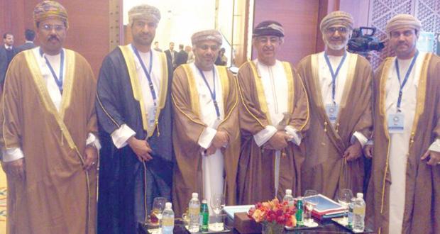السلطنة تشارك في المؤتمر السادس والسبعين لمجلس وزراء الصحة بالكويت