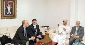 المدعي العام يلتقي وزير الشرطة والعدل والمالية في مقاطعة الجوار السويسري