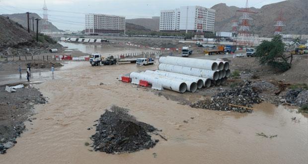 أمطار على عدد من ولايات محافظة مسقط ومسندم وشمال الشرقية