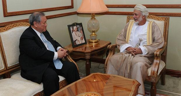 يوسف بن علوي يستقبل الوزير الثاني للشؤون الخارجية والتجارة البروناوية