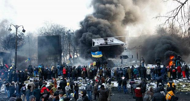 """أوكرانيا : هدوء حذر في كييف والداخلية تعلن عدم جدوى محاولة تسوية الأزمة """" سلميا"""""""