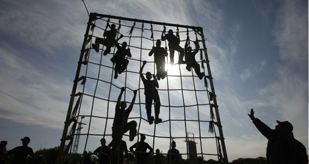 الاحتلال يصيب 6 فلسطينيين مناصفة بين الضفة وغزة
