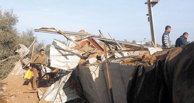 إصابة فلسطينيين في غارة إسرائيلية على قطاع غزة