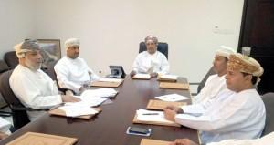 اللجنة الاستشارية بنادي سمائل تعقد اجتماعها الأول