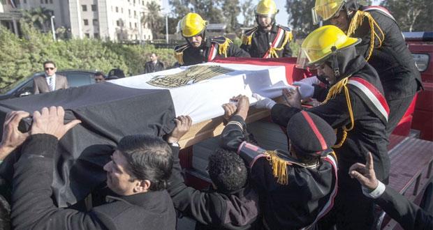 مصر: اغتيال مسؤول أمني بارز وتأجيل محاكمة مرسي