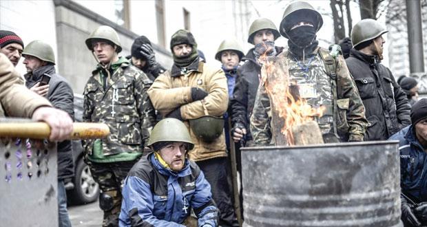 أوكرانيا: روسيا وأوروبا تحذران من تعمق الانقسام الطائفي و(الناتو) يجتمع .. اليوم