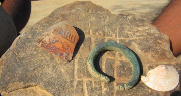 اكتشاف موقع أثري جديد بقرية العيون بولاية المضيبي