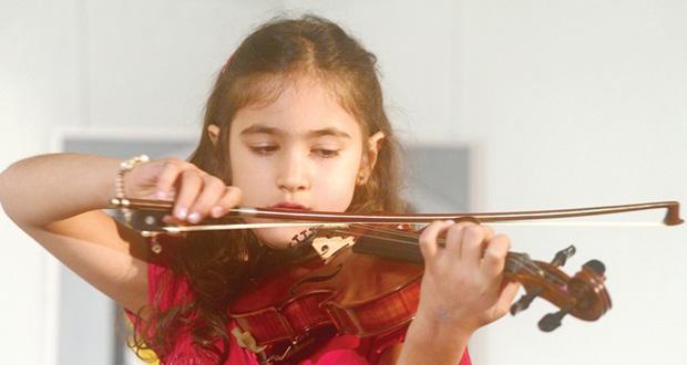 """على مسرح دار الأوبرا السلطانية مسقط """"19و20و21 فبراير الجاري"""" أميرة أبوزهر تعزف الكلاسيكيات لأكبر الموسيقيين العالميين"""
