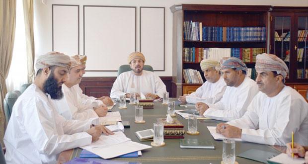 اجتماع اللجنة التنفيذية للاحتفاء بنزوى عاصمة الثقافة الإسلامية 2015م