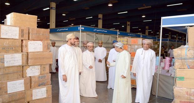 اليوم .. عبدالله الحراصي يفتتح معرض مسقط الدولي التاسع عشر للكتاب في مركز عمان الدولي للمعارض