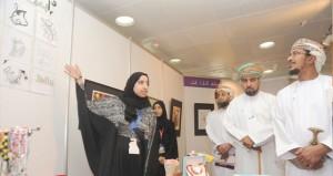 147 عملا تشكيليا في افتتاح أسبوع الفن التشكيلي الخامس في جامعة السلطان قابوس