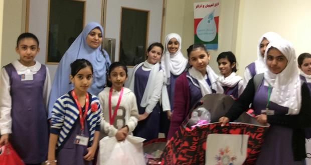 المدرسة الوطنية الخاصة تنظم رحلة لزيارة الأطفال المنومين بالمستشفى السلطاني