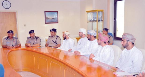 عدد من القضاة المساعدين يزورون الإدارة العامة للسجون