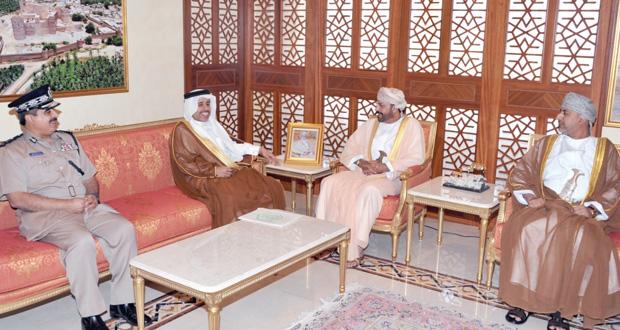 حمود بن فيصل والشريقي يستقبلان الأمين العام لمجلس وزراء الداخلية العرب