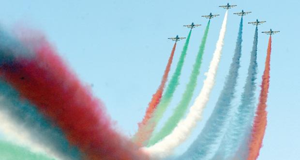 قائد سلاح الجو السلطاني العماني يرعى ختام عروض فريق الفرسان الإماراتي لاستعراضات الطيران