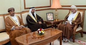 يوسف بن علوي يستقبل رئيس البرلمان العربي