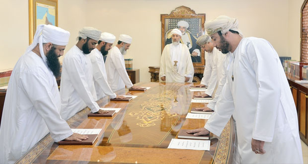 موظفو الضبطية القضائية بالأوقاف والشؤون الدينية يؤدون القسم