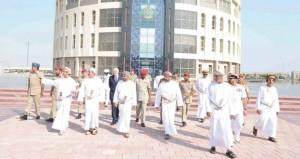 بدر بن سعود وعدد من الوزراء والقادة يزورون الكلية العسكرية التقنية