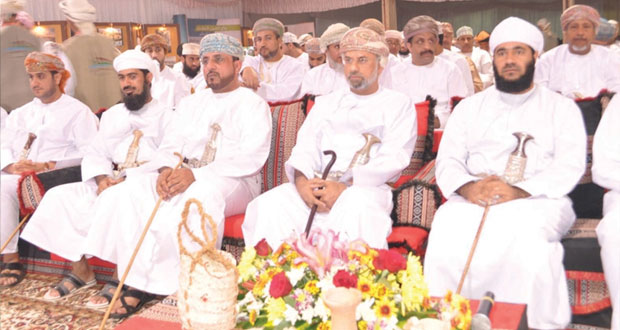 ناصر المعولي يدشن فعاليات أيام الحواضر والبوادي في محطتها الثامنة بمحافظة جنوب الباطنة