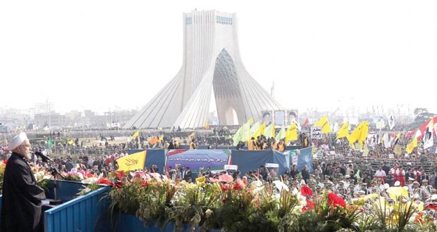 إيران تدعو لمفاوضات عادلة مع الغرب وتحذر من عسكرة النزاع