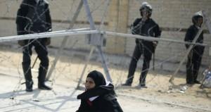 مصر: ارجاء (التخابر) لحين الفصل في طلب رد المحكمة