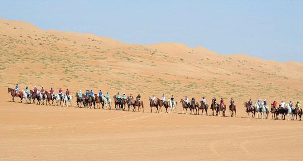 (110) خيول جاهزة لانطلاق تجوال عمان اليوم (22) فريقا يشاركون في التجوال وفريقان يمثلان السلطنة
