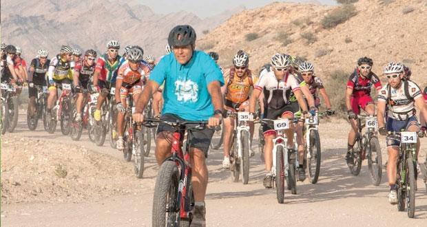 """اللجنة العمانية للدراجات الهوائية تستعد لسباق """"اختراق جبال الحجر"""" غدا"""
