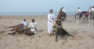 في مهرجان مسقط اليوم.. انطلاق رياضات الخيل التقليدية بشاطئ السيب