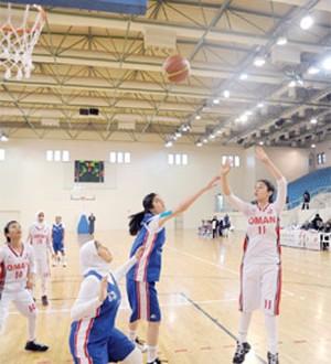 منتخب الفتيات يصل إلى النهائي والذكور يخسر أمام العراق ويلعب على البرونزية