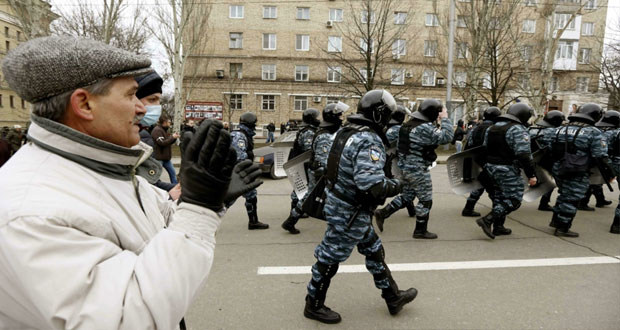 أوكرانيا: رئيس البرلمان بعد تعيينه رئسيا مؤقتا يدعو لـ (ائتلافية) بحلول الثلاثاء