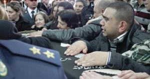 لبنان: إسرائيل تتدخل مباشرة على خط الصراع وتغير على الحدود اللبنانية السورية