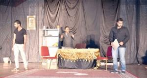 تقييم العروض المسرحية لأندية محافظة جنوب الباطنة ضمن مسابقة إبداعات شبابية