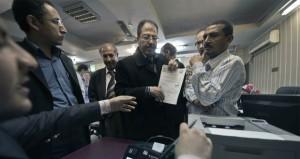 مصر: (العليا للانتخابات) تستقبل أوراق المرشحين والسيسي يبدأ إجراءات ترشحه
