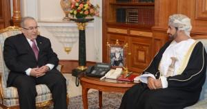 جلالة السلطان يتلقى رسالة شفهية من بوتفليقة