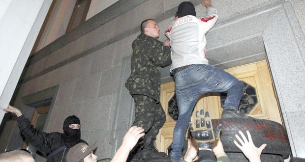 روسيا ترى في (القرم) إظهارا لجاهزية جيشها .. وتتجه للردع مقابل العقوبات