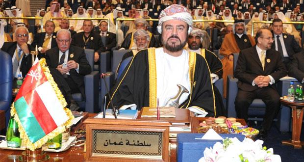 أسعد بن طارق يترأس وفد السلطنة في ختام قمة الكويت اليوم